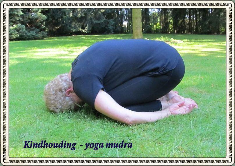 Yoga mudra kindhouding